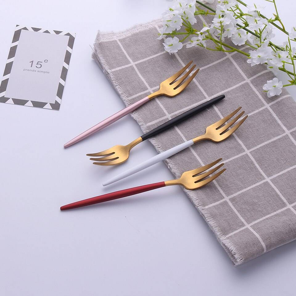 304 Stainless Steel Fork with Colorful Short Handle Flatware & Cutlery cb5feb1b7314637725a2e7: Black / Gold|Black / Silver|Gold|Pink / Gold|Red / Gold|Silver|White / Gold|White / Silver